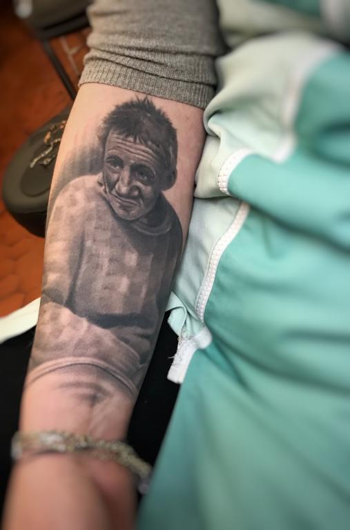 graphicaderme-tatouage-tatoueur-tatoueuse-avignon