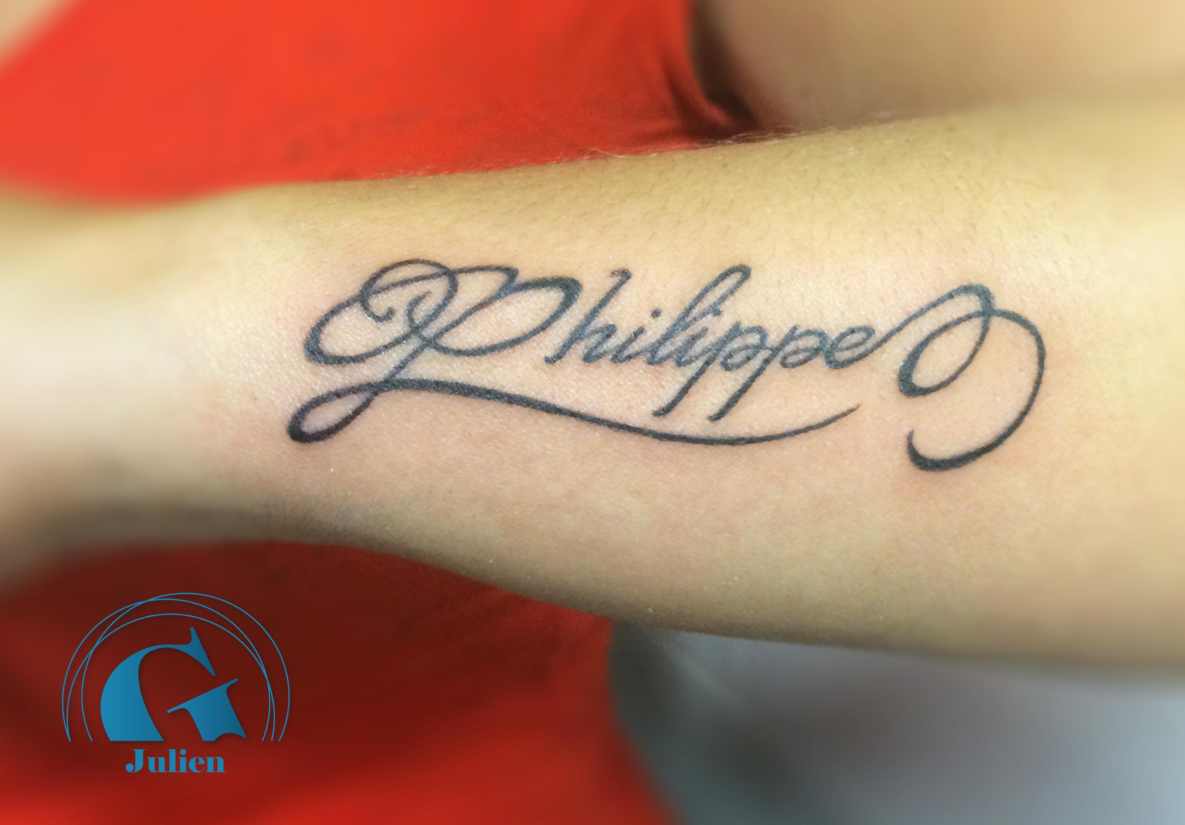 Tatouage ecriture avant bras homme galerie tatouage - Tatouage prenom avant bras ...