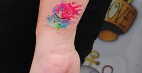 graphicaderme-tatouage-aquarelle-bollene-nyons-carpentras-valreas-malaucene