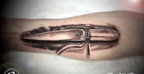 tattoo-coutelas-joe-wild-tatouage-vaison-bollene-nyons-carpentras-valreas-malaucene