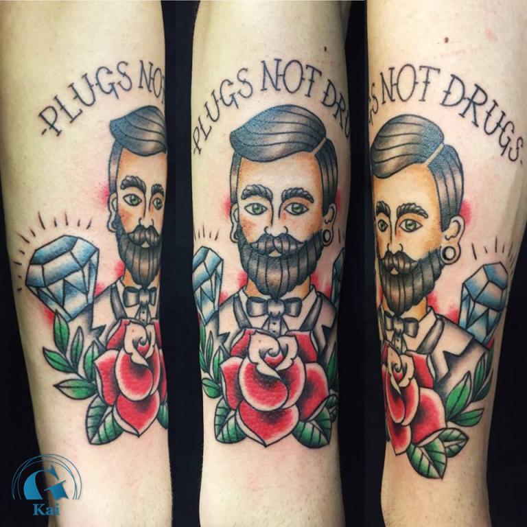 graphicaderme_plug_oldschool_rose_tatouage