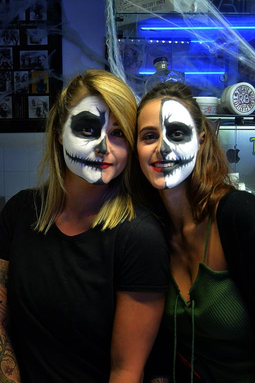 graphicaderme_avignon_halloween_tatouage_dark_skull_twins