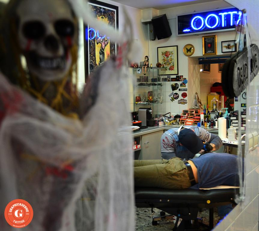 graphicaderme_avignon_halloween_tatouage_dark_skull