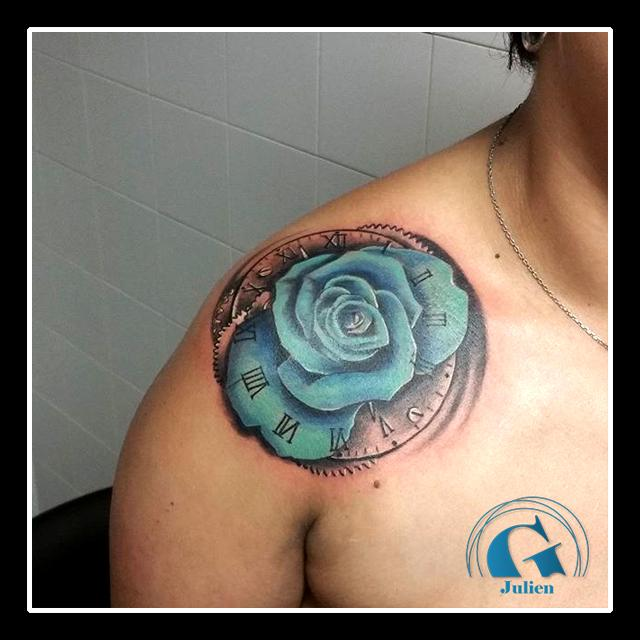 graphicaderme-avignon-roses-bleu-realiste-tatouage-paca