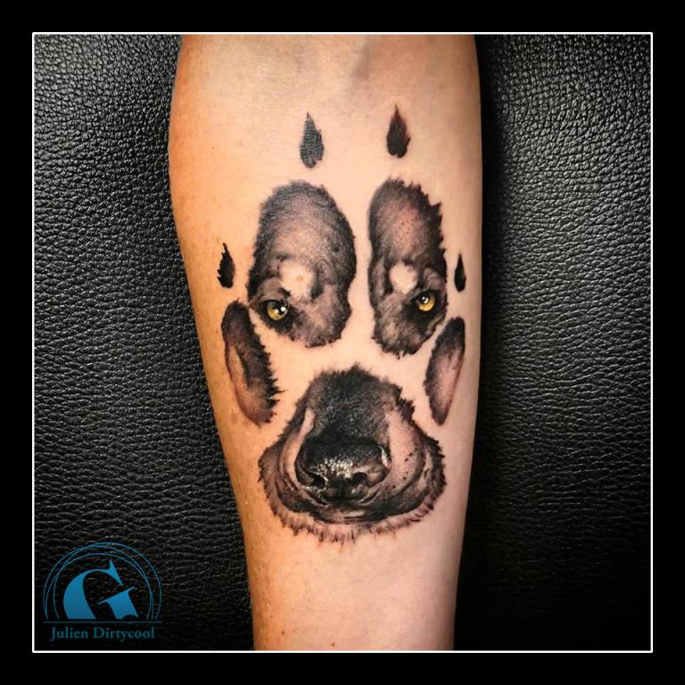 graphicaderme-avignon-vaucluse-julien-dirtycool-patte-chien-empreinte-tatouage