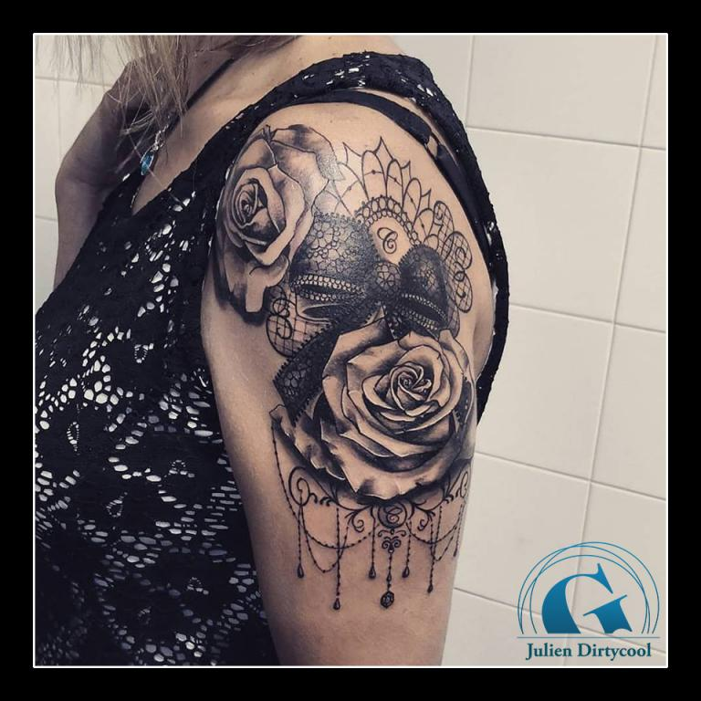 graphicaderme-avignon-vaucluse-tatouage-rose-bijoux-perles-julien-dirtycool