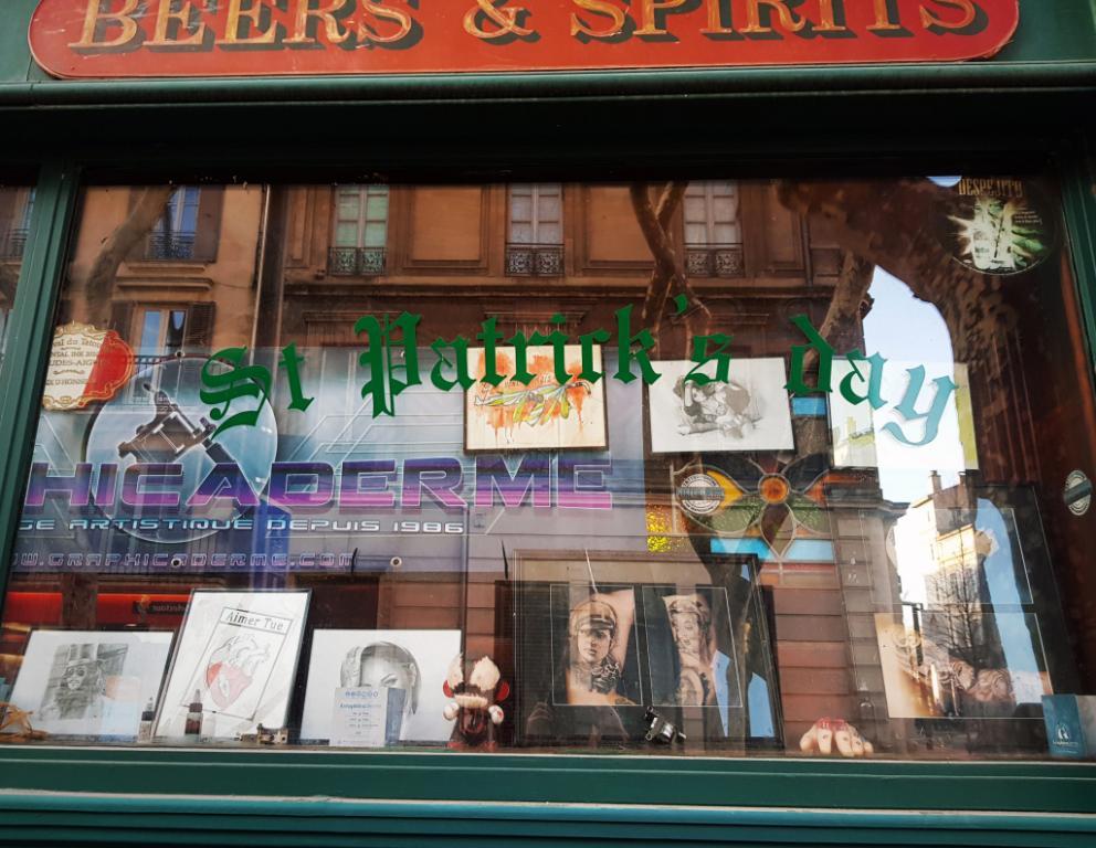 graphicaderme-avignon-vaucluse-tatoueur-piercing-tattoo-livetattoo-tattoodirect-ocollins-soiree-sortiavignon