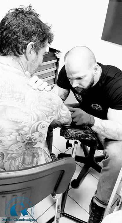 graphicaderme-tattoolive-avignon-vaucluse-tatoueur-stevenchaudesaigues-tatouagejaponais-graphicadermrrepublique-tattoo-tatouage