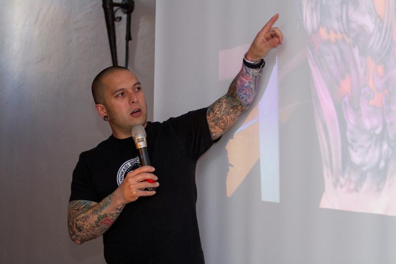 jeff gogue tatoueur philosophe et entrepreneur graphicaderme. Black Bedroom Furniture Sets. Home Design Ideas