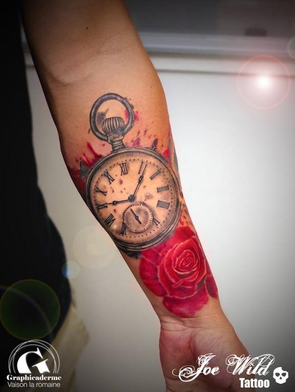 Tattoo rose et montre gousset sign joe wild graphicaderme - Montre a gousset tattoo ...