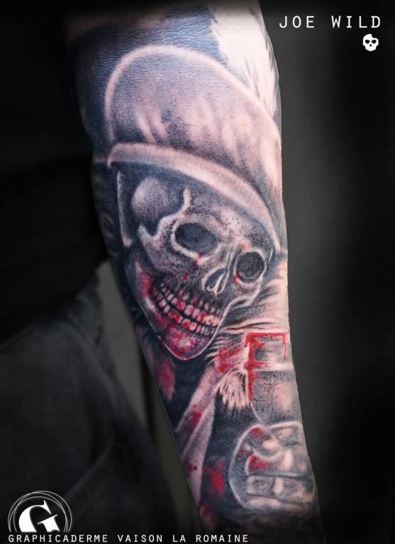 meilleure-tatoueuse-vaison-joe-wild-tatouage-darkest-dungeon-tattoo