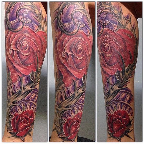 Le tatouage sur le mollet de nadia par son coll gue david - Tatouage a deux ...