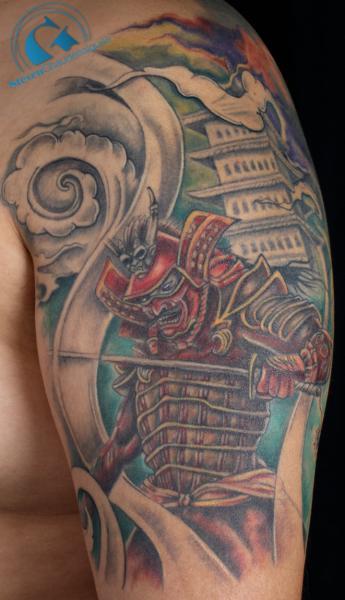 tatouage d 39 un samourai sur le bras de patrice graphicaderme. Black Bedroom Furniture Sets. Home Design Ideas