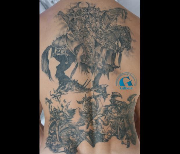 Tatouage dos homme graphicaderme - Modele tatouage homme ...