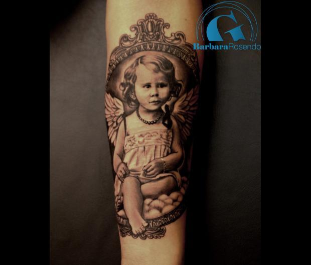 Tatouage portrait graphicaderme - Les plus beaux tatouages femme ...