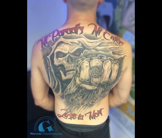tatouage dos homme | graphicaderme