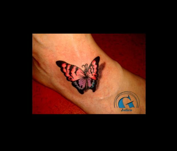 Tatouage papillon graphicaderme - Tatouage de papillon ...