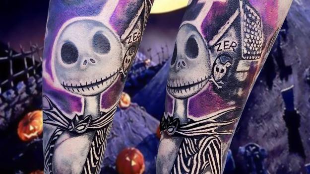 tattoo_tatouage_piercing_art_vaison_la_romaine_vaucluse_mrjack_peinture_bollène_nyons_buis_les_baronnies_tulette_malaucène_cavaillon_robion_coustellet_drôme_ardèche_couleur_réalisme_avant_bras