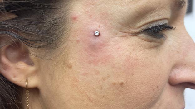 nadia-meilleure-perceuse-orange-vaucluse-graphicaderme-piercing