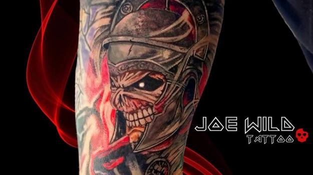 tattoo-tatouage-piercing-art-vaison-iron-maiden-vaucluse-dessin-peinture-bollène-nyons-buislesbaronnies-tulette-malaucène-cavaillon-robion-coustellet-drôme-ardèche-tatouagecouleur
