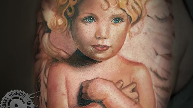 meilleure-tatoueuse-paris-barbara-rosendo-tatouage-ange-cherubin-tattoo