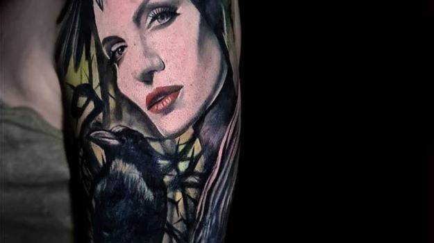 meilleure-tatoueuse-paris-barbara-rosendo-tatouage-tattoo-angelina-jolie-malefique
