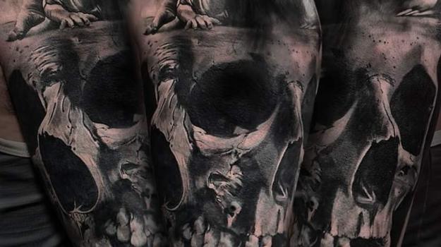 meilleure-tatoueuse-paris-barbara-rosendo-tatouage-tattoo-skull-cover