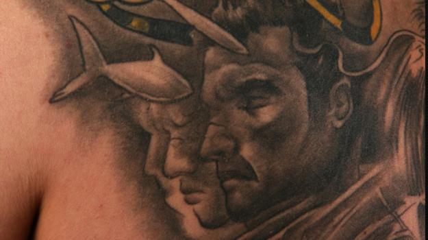 stephane-chaudesaigues-tatoueur-avignon-chaudes-aigues-vaucluse-cantal-tatouage-tattoo