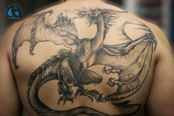 tatouage dragon graphicaderme. Black Bedroom Furniture Sets. Home Design Ideas