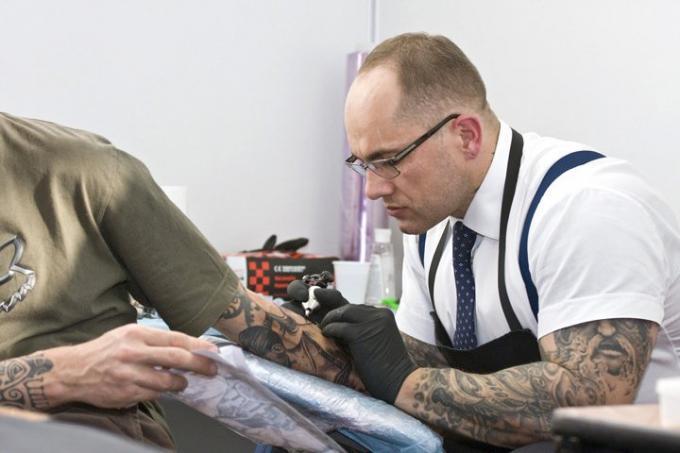 Les cl s pour choisir son tatouage graphicaderme tatouage - Choisir son tatouage ...