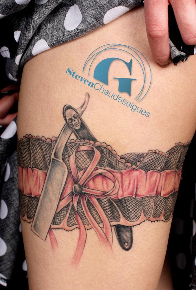 Le coupe chou en dentelle et le monde imaginaire de charline graphicaderme - Tattoo cuisse femme ...