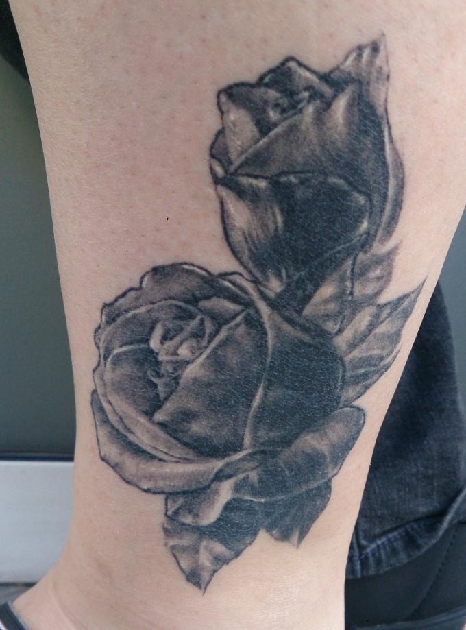 envie d 39 un tatouage en noir et gris avec jhenn graphicaderme. Black Bedroom Furniture Sets. Home Design Ideas