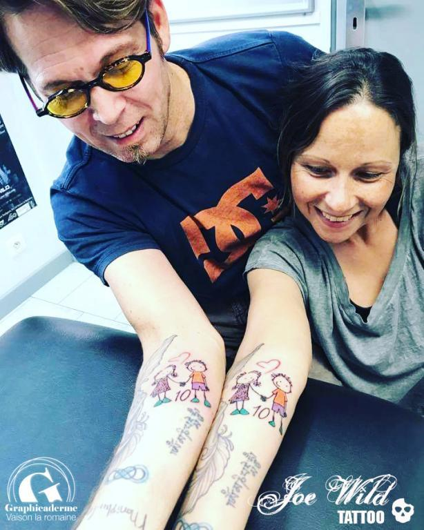 tatouage couple vaison la romaine graphicaderme tattoo. Black Bedroom Furniture Sets. Home Design Ideas