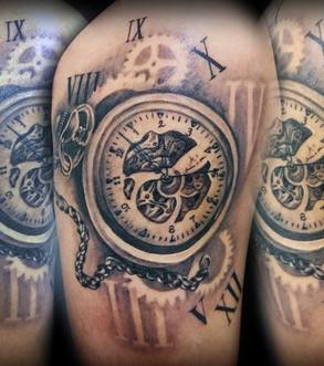Tatouage engrenage montre - Tatouage horloge homme ...